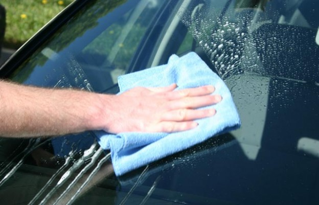 cleaning windshield